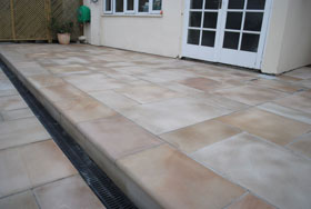 Fairstone Sawn & Fairstone Sawn Steps by Able Landscapes