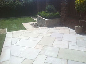 Fairstone Sawn by Academy Landscapes