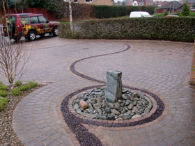 Drivesett Tegula Original & Circle by Actual Landscapes