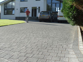 Drivesett Argent by Block Solid Paving