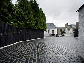 Drivesys Original Cobble by Bowhill Paving