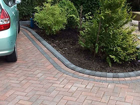 Driveline 50 & Tegula Kerb by Crystalclear