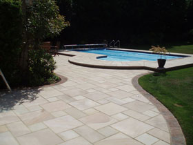 Fairstone Sawn by D Plumridge Professional Driveway & Patio