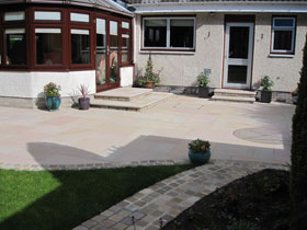 Fairstone Sawn & Fairstone Sawn Steps by Direct Gardens