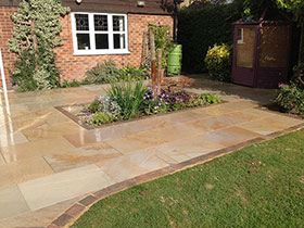 Fairstone Sawn by Gostelow Paving