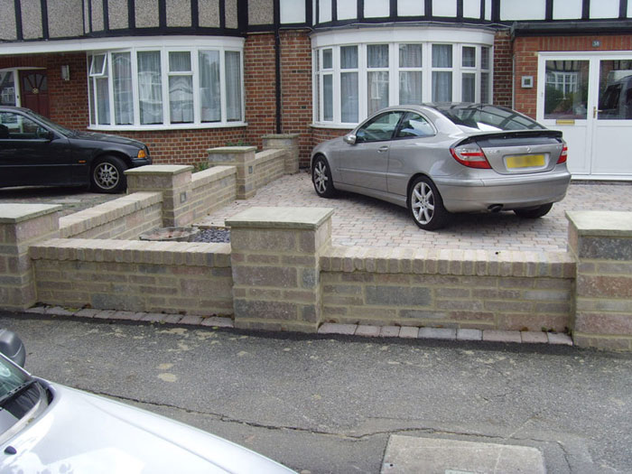 Drivesett Tegula Walling by Grand Designs