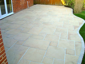 Coach House Paving by JSC Driveways & Patios Ltd