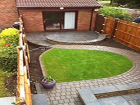 Firedstone Paving by Limebok Landscaping