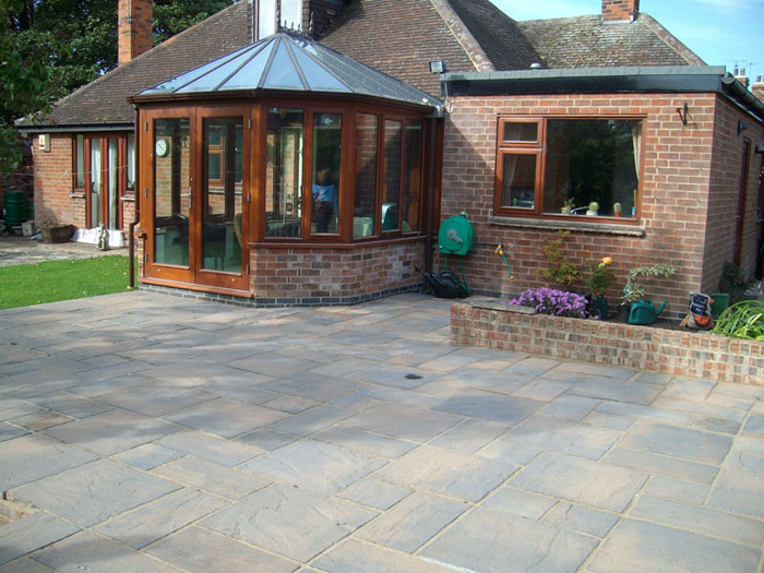 Heritage Paving by Old Oak Landscapes