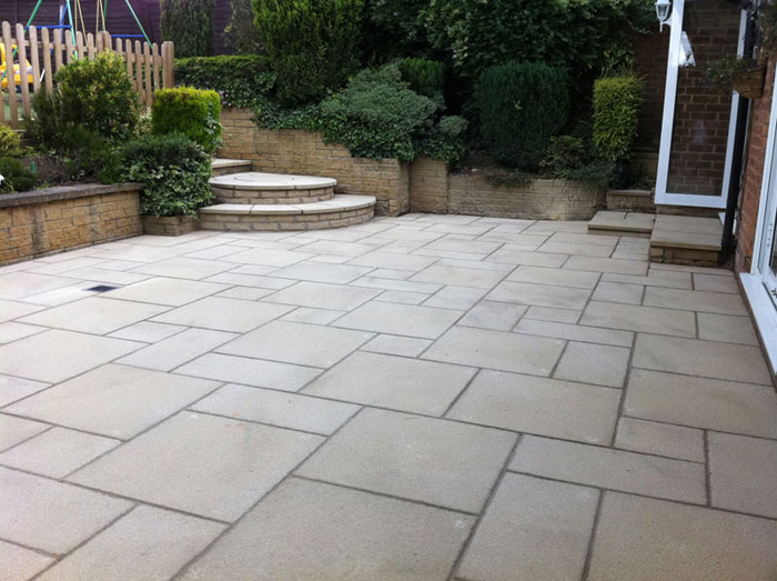 Driveways page 5 homes gardens and diy pistonheads for Garden designs paving slabs