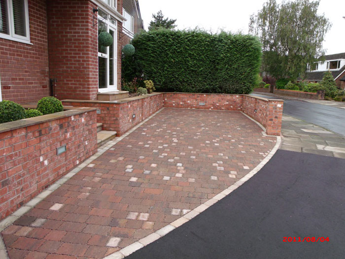 Drivesett Tegula Priora & Old Mill Brick by Q:Gardens & Dev