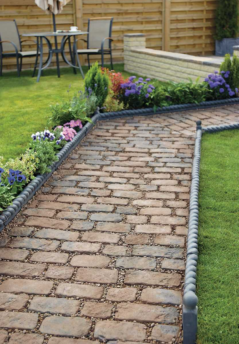 Garden edgers landscape edging 37 creative lawn and for Best garden borders