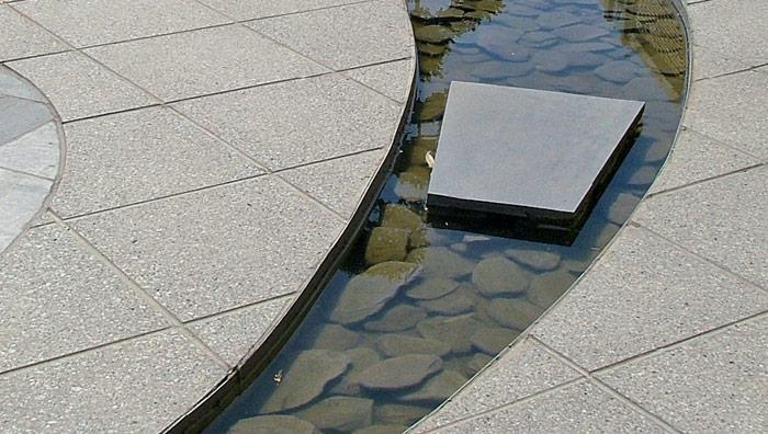 Argent Smooth Garden Paving - Light