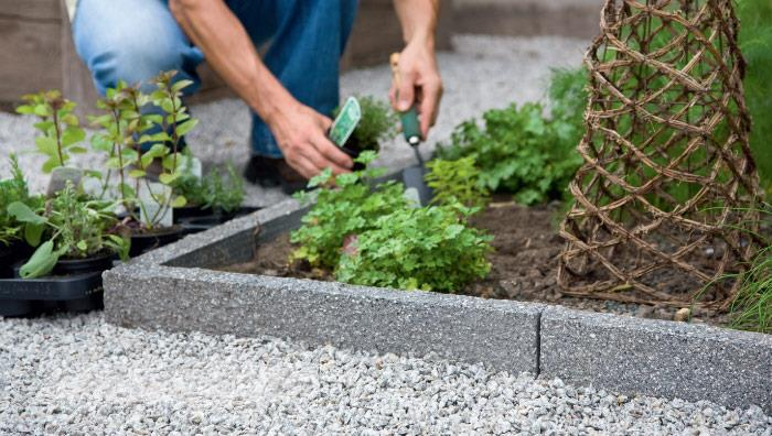 Argent Textured Garden Edging - Dark