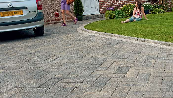 Driveline Elise Block Paving - Pebble Grey