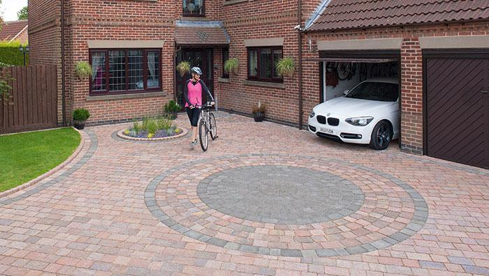 Drivesett Tegula Original Block Paving Circle, Pennant Grey, with Drivesett Tegula, Traditional