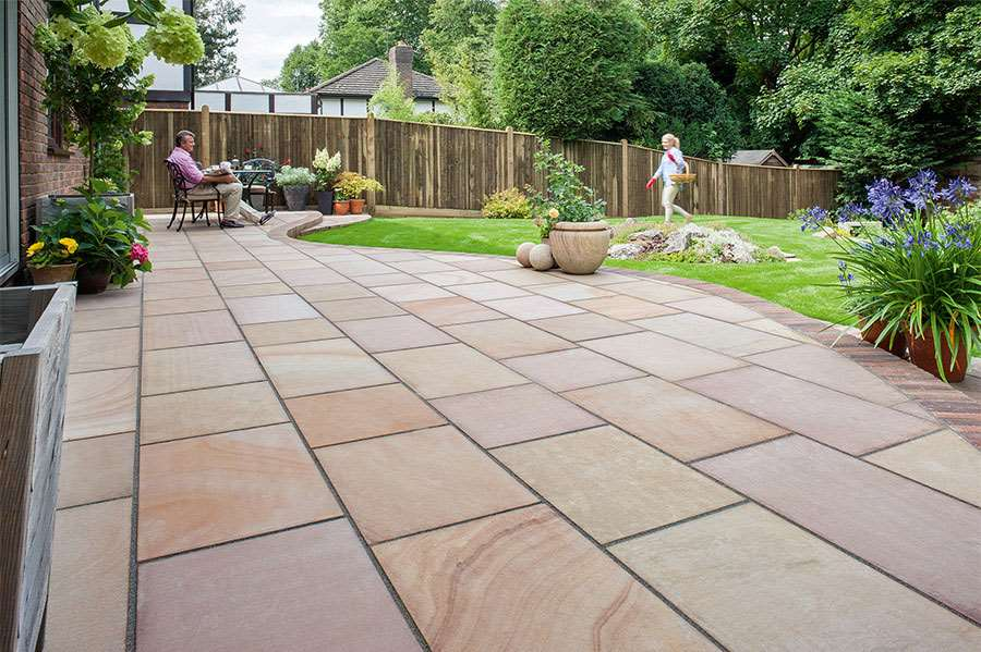 Fairstone flamed narias garden paving for Paving stone garden designs