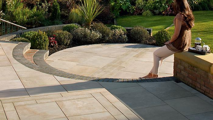 Fairstone Sawn, Caramel Cream Multi with Linear detail