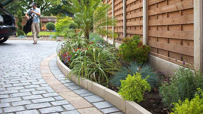 Fairstone Sawn Versuro Ethically Sourced Borders