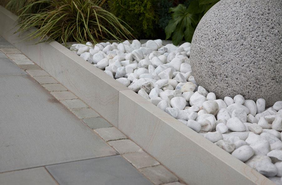 Fairstone sawn versuro borders for Gardens with rocks and stones