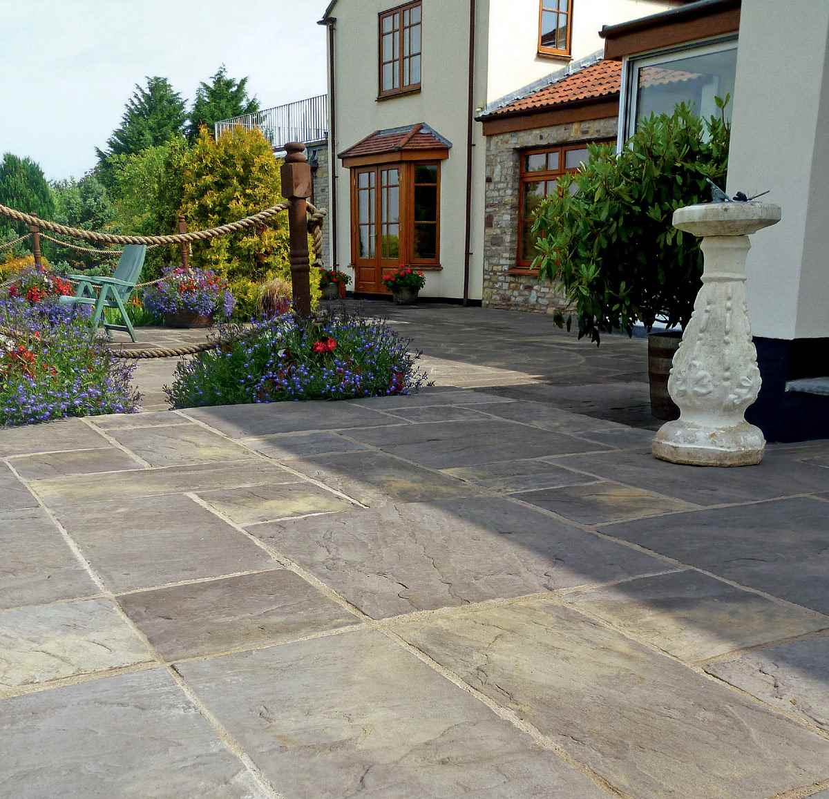 Heritage Riven Garden Paving Marshalls Co Uk