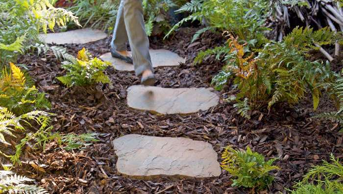 Heritage riven garden stepping stones for Stone stepping stones for garden paths