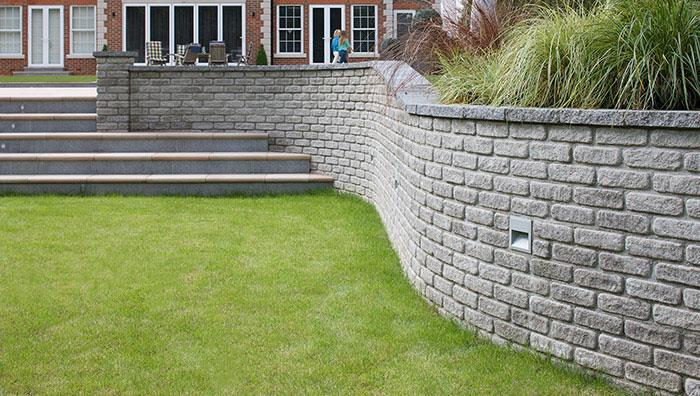 Marshalite Walling, Rustic Finish, Ash Multi. Coping, Argent Paving, Dark