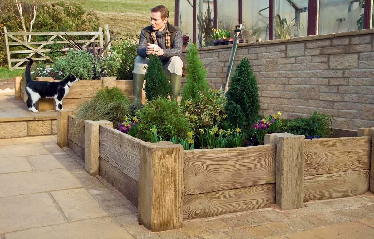 Woodstone Planters And Posts Marshalls Co Uk
