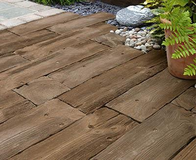 Concrete paving slabs for patios | Marshalls