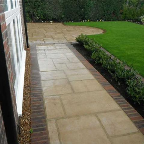 Darvell l scaping bldg services marshalls accredited uk for Garden scaping