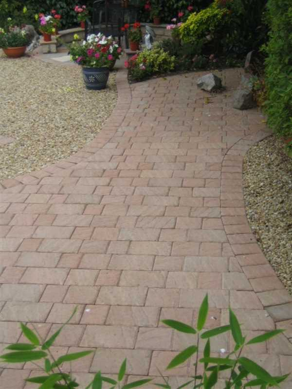 J d minto ltd marshalls accredited uk garden driveway for Gardening qualifications